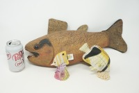 FISH FIGURINES INCLUDING CORAL AND LARGE CARVED WOOD - 14