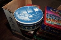 COLLECTIBLE OREO COOKIE TINS - 2