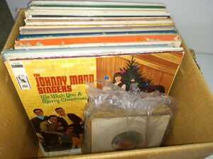 BOX OF MISCELLANEOUS ALBUMS AND SMALL GROUP OF 45'S, SEE PICTURES FOR MORE DETAILS
