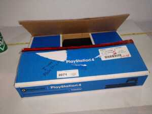 PLAYSTATION 4 WITH CONTROLLER, STILL INBOX