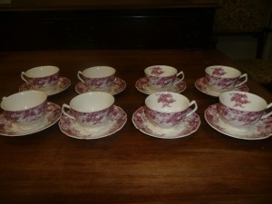 LOT OF 8 JOHNSON BROTHERS STRAWBERRY FAIR CUPS AND SAUCERS