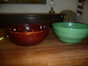 LOT OF 2 LARGE MIXING BOWLS WON MARKED USA ON BOTTOM