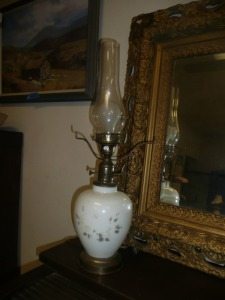 ANTIQUE HAND-PAINTED HURRICANE LAMP