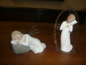 LOT OF 2 WILLOW TREE ANGELS