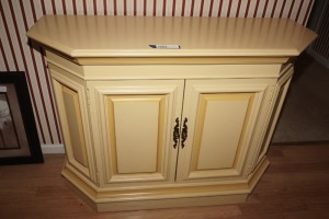 PAINTED WOOD FOYER CABINET - FOY