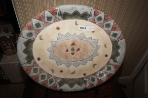 LARGE DECORATIVE PLATTER WITH METAL STAND - LIV