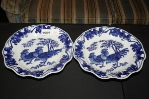 PAIR OF ORIENTAL BLUE AND WHITE PORCELAIN DECORATIVE PLATES, CHICKEN MOTIF - LIV