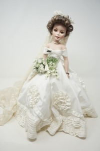 LARGE MADAME ALEXANDER BRIDAL DOLL WITH STAND - LIV