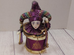 GRAND CASINO BILOXI MUSIC JESTER BOX, plays when the saints go marching in