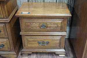 VINTAGE SUMTER CABINET COMPANY NIGHTSTAND, MATCHES 1004
