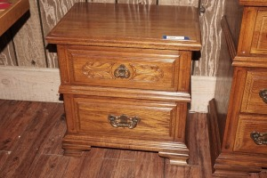 VINTAGE SUMTER CABINET COMPANY NIGHTSTAND, MATCHES 1003