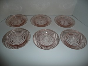 LOT OF 6 VINTAGE QUEEN MARY PINK DEPRESSION GLASS SMALL PLATES