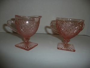 VINTAGE MISS AMERICA PINK DEPRESSION GLASS CREAMER AND SUGAR BOWL