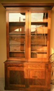 ANTIQUE 19TH CENTURY MAHOGANY BOOKCASE