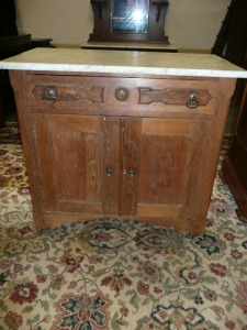 ANTIQUE WALNUT MARBLE-TOP WASHSTAND