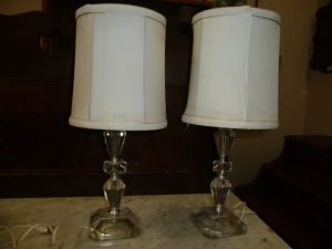 PAIR OF CRYSTAL GLASS NIGHTSTAND LAMPS