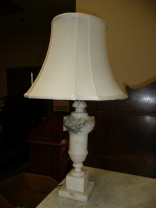 BEAUTIFUL ALABASTER LAMP