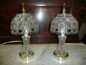 PAIR OF CRYSTAL GLASS LAMPS