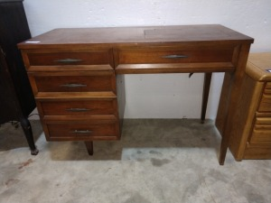 VERY NICE SEWING MACHINE TABLE, NO SEWING MACHINE INSIDE, ALL WOOD NICE CONDITION, 20-IN X 43-IN X 31-IN HIGH