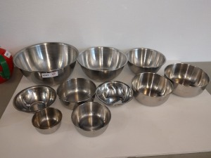 SET OF 10 STAINLESS STEEL BOWLS, VARIOUS SIZES, RANGING FROM 4-IN TO 12-IN