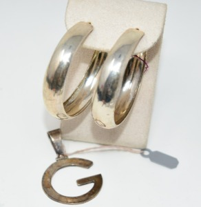 STERLING SILVER LARGE HOOP EARRINGS AND GEORGIA BULLDOGS PENDANT