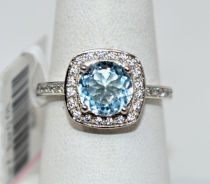 STERLING SILVER SKY BLUE TOPAZ RING SIZE 8