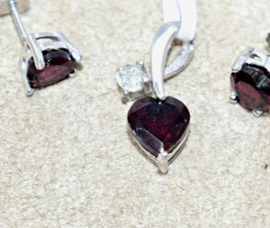 STERLING SILVER HEART SHAPED GARNET AND WHITE TOPAZ PENDANT WITH EARRINGS