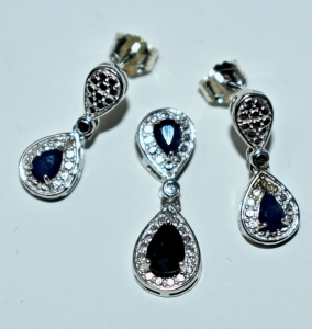 STERLING SILVER SMALL SAPPHIRE PENDANT AND EARRINGS