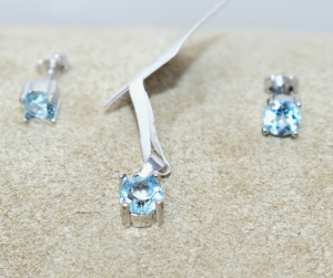 STERLING SILVER SKY BLUE TOPAZ PENDANT AND EARRINGS