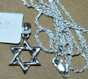 STERLING SILVER STAR OF DAVID AND STERLING SILVER CHAIN
