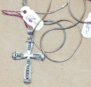 STERLING SILVER AND GEMSTONE CROSS WITH STERLING SILVER CHAIN