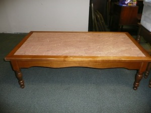 BEAUTIFUL VINTAGE MARBLE TOP COFFEE TABLE