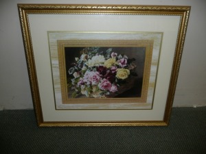 NICELY FRAMED FLORAL PRINT OF ROSES