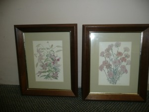 LOT OF TWO SMALL WATERCOLOR PRINTS OF FLOWERS
