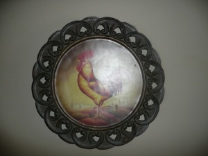 DECORATIVE ROOSTER MEDALLION