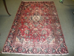HANDMADE ORIENTAL RUG MADE IN PAKISTAN