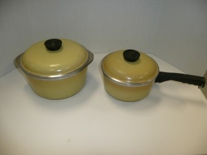 VINTAGE PAIR OF CLUB POTS WITH LIDS