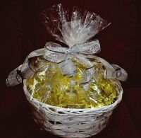 FINE CRYSTAL GIFT BASKET WITH DECANTER, STEMS AND CANDLE HOLDERS