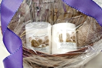 SPA GIFT BASKET WITH LUMINESSENCE CANDLES PHOTO ALBUM, CRYSTAL AND MORE - 2