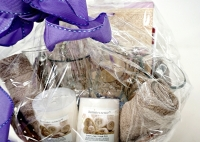 SPA GIFT BASKET WITH LUMINESSENCE CANDLES PHOTO ALBUM, CRYSTAL AND MORE - 4