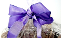 SPA GIFT BASKET WITH LUMINESSENCE CANDLES PHOTO ALBUM, CRYSTAL AND MORE - 8