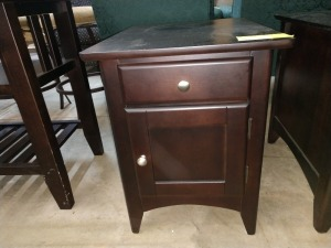 VERY NICE END TABLE, 18-IN X 24-IN X 23-IN HIGH, HAS ONE DRAWER AND LOWER STORAGE BEHIND DOOR