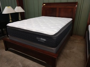 BEAUTIFUL QUEEN BED,, INCLUDES HEADBOARD, FOOTBOARD, SIDE RAILS, SIERRA SLEEP MATTRESS AND BOX SPRINGS IS INCLUDED WITH LOT BUT IS NOT BEING SOLD, BUY ER MAY HAVE IT OR LEAVE IT HERE
