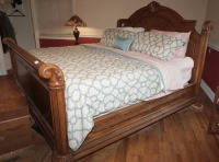 BEAUTIFUL HEAVILY CARVED KING SIZE BED WITH CLAW FEET