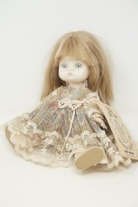 LOUIS NICOLE THE HEIRLOOM COLLECTIONS OF LOUIS XVII COLLECTOR DOLL - BR2