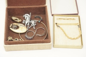 BAHAMAS TRINKET BOX AND CONTENTS INCLUDING STERLING SILVER RING - KTN
