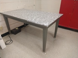 R4 RIGHT... RECTANGULAR METAL WORK/PROJECT TABLE