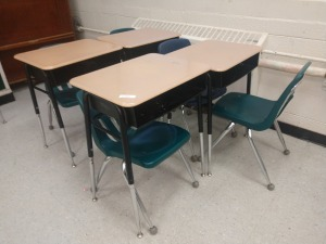 R3 RIGHT... SET OF FOUR ADJUSTABLE HEIGHT STUDENT DESK AND FOUR CHAIRS
