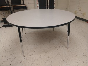 R6 RIGHT... LARGE 5 FT ROUND AND ADJUSTABLE HEIGHT TABLE