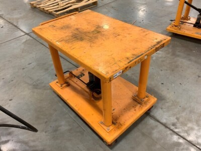 24-IN BY 36-IN ROLLING LIFT TABLE